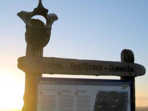 The sign reads: Europe-Reykjanes-Amerika
